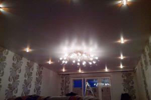 потолок с гипсокартона с подсветкой